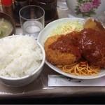 プティコック - カニコロメンチ定食大盛り(700円+50円)