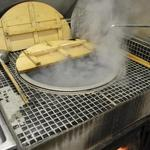 めん処角千 にしむら - 薪釜で茹で揚げるこだわりの麺をお楽しみください。