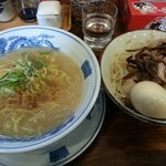 とみ軒 - 料理写真:加賀盛ラーメン