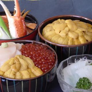きくよ食堂 - 料理写真:海鮮丼・かに汁・イカ刺身・・・etc.。