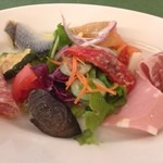 ヴァン・ヴィーノ! - ランチセットA ¥1500 の前菜のサラダ仕立て