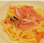イルクオーレ - 料理写真:旬野菜と生ハムのさっぱり塩味のパスタ