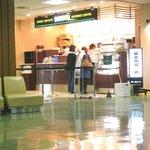 ドトールコーヒーショップ - 病院入り口玄関内に開店