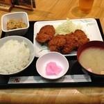 串鳥 - 上ひれかつ定食(550円)
