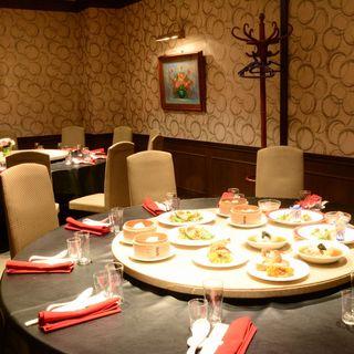 個室で小宴会~大宴会までミーティングスペース利用もOK
