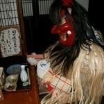 秋田きりたんぽ屋 - 静かに一杯やってるナマハゲさん