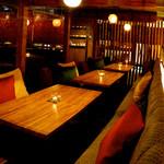 kawara CAFE&DINING - 内観写真: