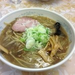 ラーメン 圭司 - 醤油ラーメン 680円