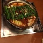もつや - 赤鍋