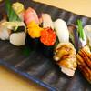 だるま寿司 - 料理写真:<おまかせコース>その日の旬の物をご提供致します。新鮮な天然魚をお楽しみ下さい。¥4000