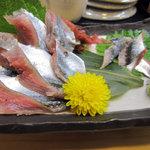 阿波水産 - 秋刀魚の造り