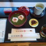 虎屋菓寮 御殿場店 - 煎茶汁粉¥1260・四季の富士・冬¥483