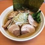 らーめん 五郎松 - 野菜チャーシューラーメン