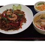 オベリベリ - ランチメニュータイ風辛味噌チャーハン Aセット ¥790