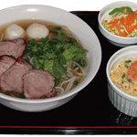 オベリベリ - ランチメニューポーク入り特製スープビーフン Aセット ¥790