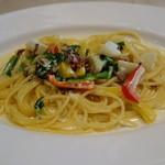 セントベーネ - 生ハムと色々野菜のクリームソーススパゲッティ