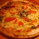 レイジーカフェ - トマトピザ