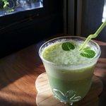 カフェ クマコ - 【小松菜ばななジュース】他にもお野菜果物ジュースが登場