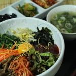 明洞屋台 - 野菜ビビンパ750円