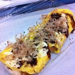 玉市 - 料理写真:たこ焼きを卵でくるんだオムたこです。
