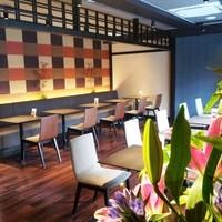 茶寮翠泉 - 和とモダンが融合したスタイリッシュな空間