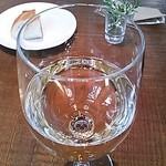 ランズ カマクラ - グラスワイン トレッビアーノ