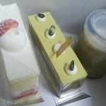 カカオテ - 左から、ショートケーキ(400円)、シシリアーノ(380円)、チョコレートプリン(280円)