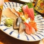 蛇の目寿司 - 蛇の目寿司@西新橋店 ♪「刺身五点盛り」(^^)