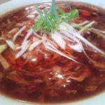 貘 - 酸辣湯麺