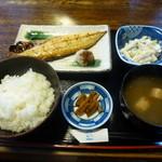 七郷屋 - 塩鯖定食