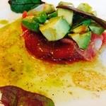 うみひこ やまひこ - マグロとアボカドのカルパッチョ サラダ仕立て