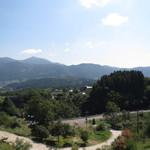 檪の丘 - お店の敷地からの景色、晴れていたら絶景