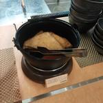 こがね製麺所 - さん付けに、思わず「うどん」の上に乗せてしまいました。