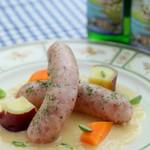 スイス料理 ハウゼ - パペ・ヴォードワ 炒めたポワローと玉葱を白ワイン・ブイヨン・クリームで煮込みピューレ状に。ヴォー州名物のソーセージに合わせて召し上がります。