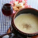 ◆スイスチーズフォンデュー(角切りのフランスパンで召し上がります)