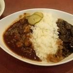 キリンシティ - 赤・黒ハーフ&ハーフとセットのサラダ