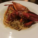 ごちそうお肉ビストロ くう海 - オマールと黒トリュフのスパゲティ ソースうまい