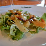 小倉 匠のパスタ ラ・パペリーナ - 豊前名物ののキヌ貝(アオヤギ)の燻製をオマージュしたサラダ うまい