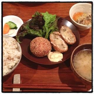 aunt MIMI - 鱈のコロッケ。七分搗き胚芽米。 優しい味。 女子力が高い。