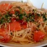 23832108 - ツナ・ケッパー生トマトのペペロンチーノ