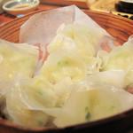 海鮮食堂 い志い - 海鮮蒸ししゅうまい。                                 こちらもフワフワのすり身が入った繊細なシュウマイです。
