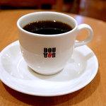 ドトールコーヒーショップ - ブレンドM、250円。