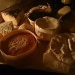 ダム・ジャンヌ - 料理写真:こだわりのチーズ