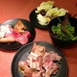 焼肉 太郎 - 焼肉食べ放題 1029円90分一本勝負 (2014.01現在)