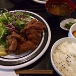 BISTRO SOMA - 唐揚げ定食、800円