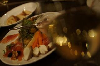 ボア・ド・ニュイ・ハコ - 定番前菜盛り