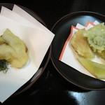 日本料理 対い鶴 - 手作り薩摩揚げ、帆立と山菜の天麩羅