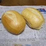 プロビゾ - 料理写真:フランスパン¥68