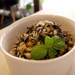 スパシーバ - 【デリ】豆とひじきのサラダ 1パック 300円
