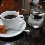 普賢寿司 - 食後にコーヒーが!